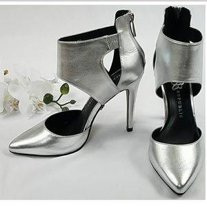 Rock and Republic Silver Heels